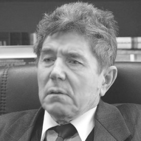 Валерий Макаров